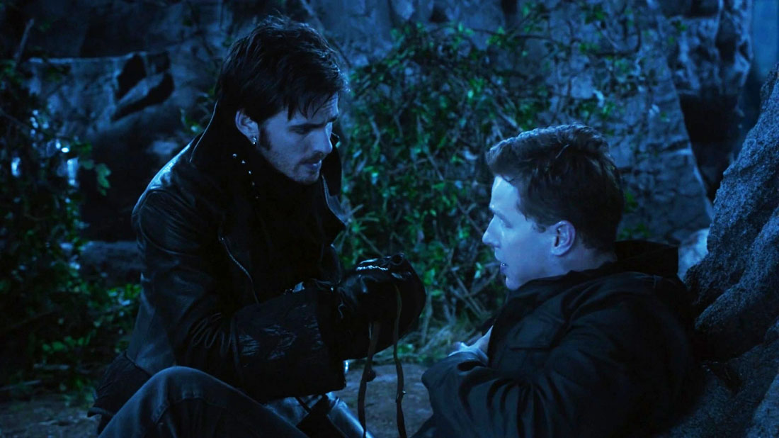 once upon a time hook and david The two men had met once or twice before—back when hook and the rest to the enchanted forest the first time, robin hood and his band of thieves david stands behind him, grinning in his dress clothes, a white suit with.
